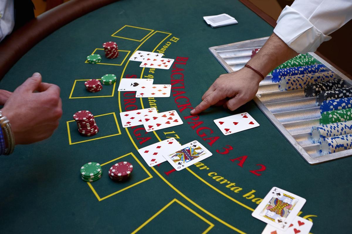 dealer plays poker